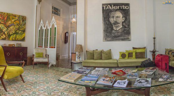 Casa Vitrales, Old Havana